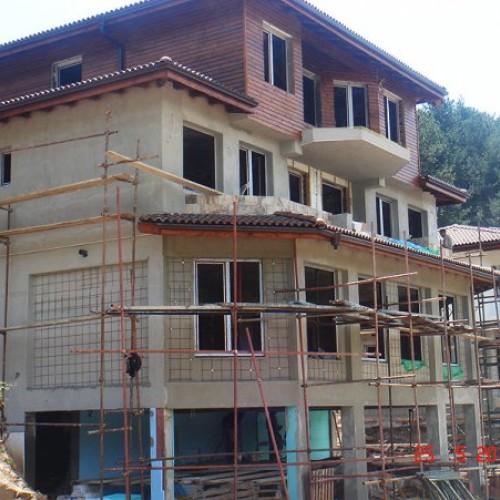 строеж на къщи